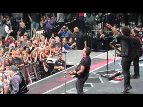 "'Shout"" Bruce Springsteen, Barclays Center, Brooklyn NY"