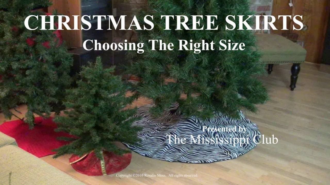 How to Choose a Christmas Tree Skirt