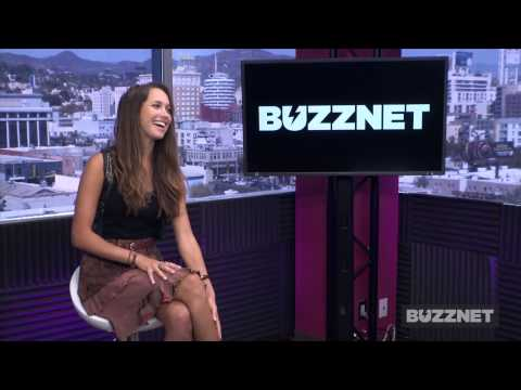 Maiara Walsh talks to Buzznet about Last Hours In Suburbia