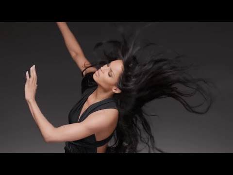 Nicki Minaj - I'm Legit feat. Ciara (by nickifalenn)