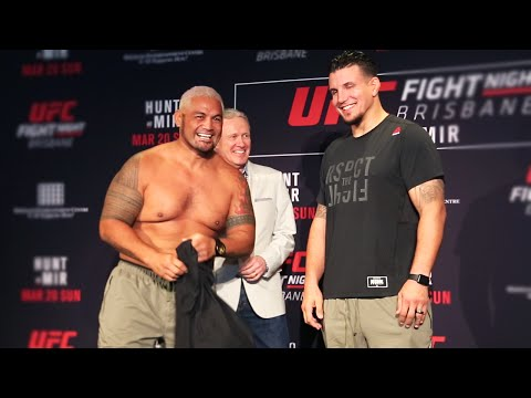 UFC Brisbane: Mark Hunt vs Frank Mir Funny Staredown