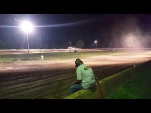 Heat race Win! 250 Speedway