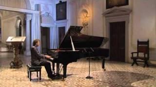 Schubert: Impromptu op. 90 n. 1 - Roberto Prosseda