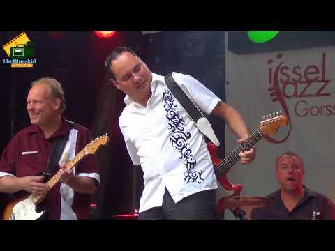 Mike & the Mellotones & Enrico Crivellaro(IT) ijssel jazz. 2014