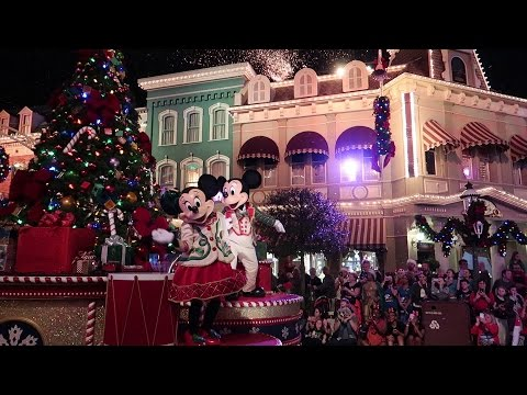 Christmas Party At  Walt Disney World | Mickey's Very Merry Christmas Party 2016