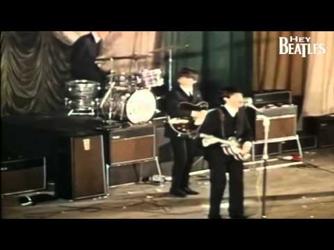 The Beatles - She Loves You (Live 1963) (HD)