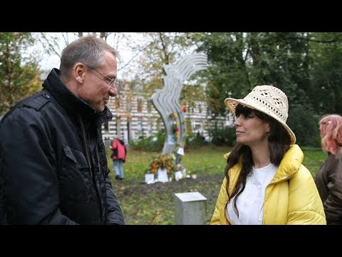 Gespräch Stürzenberger mit Moslemin über Modernisierung des Islams in Amsterdam