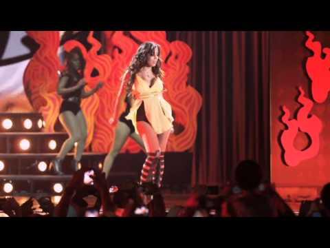Anitta - Eu Sou Assim (DVD Meu Lugar Ao Vivo no HSBC Arena)