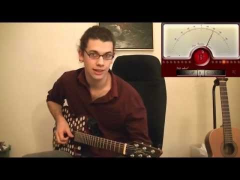 Comment accorder une guitare avec un accordeur - YouTube