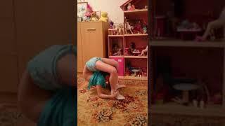 Леонова Софья, 9 лет.  Разминка