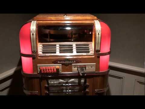 Wurlitzer Model 41 Jukebox : Lot 1042