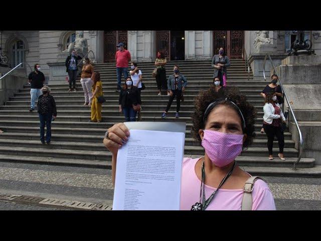 APÓS PRESSÃO, GOVERNO ANUNCIA A PROMOÇÃO DE 45 ESPECIALISTAS EM EDUCAÇÃO