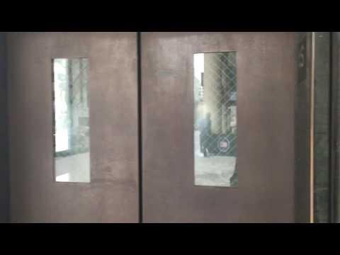 Short Video Clip of Farragut West Metro Station Elevator