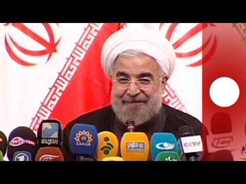 Iran: Rohani bousculé lors de sa conférence de presse