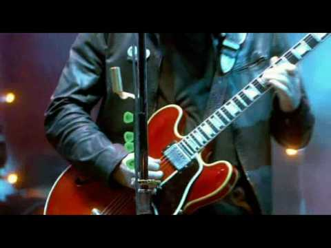 Oasis - Don't look back in anger Live Manchester 2005