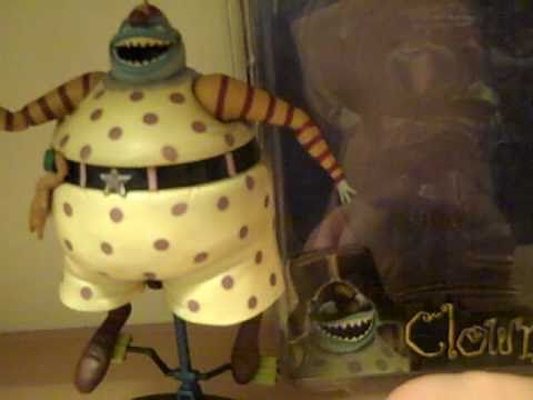 Nightmare Before Christmas Clown With A Tear Away Face.Nightmare Before Christmas Neca Clown With The Tear Away Face Toy Review