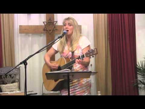 """Doreen Pinkerton full Concert """"Let Your Mercy Reign"""" - in NY"""