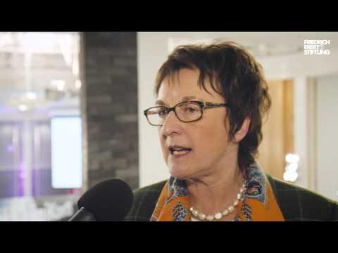 Interview mit Brigitte Zypries auf der #DigiKon15