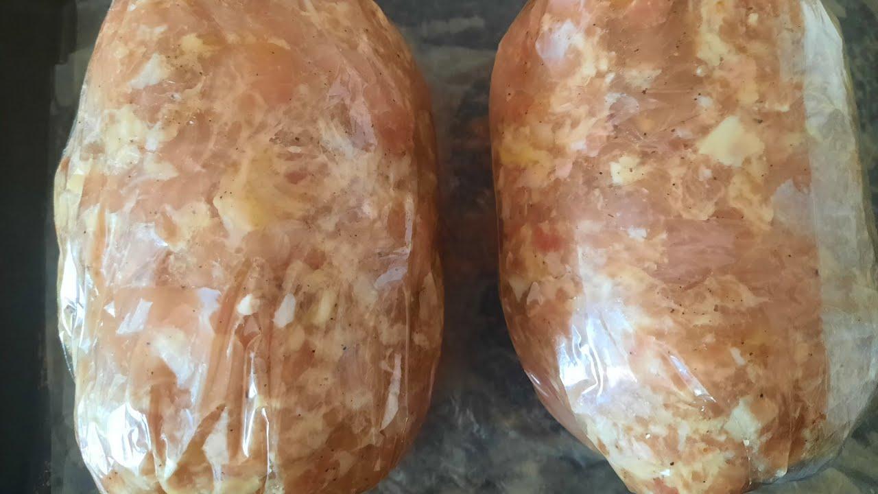 Домашняя колбаса или рулет из индейки