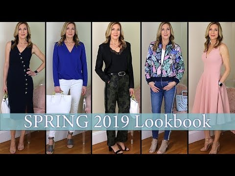 Spring Style Ideas for Women Over 50 2019 LookbookCapsule Wardrobe