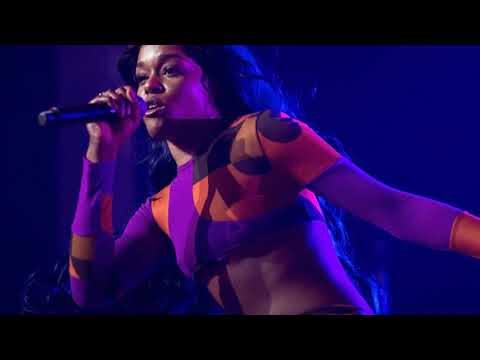 Azealia Banks posts cryptic messages on social media, alarming fans