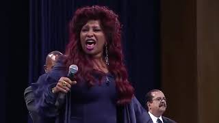 "Chaka Khan ""Goin Up Yonder"" At Aretha Franklin's Funeral Celebration Service!"