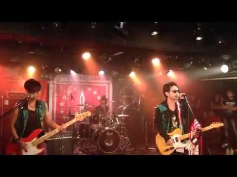 J-Rock Cobalah Kau Mengerti | ( Konser di Osaka, Japan)