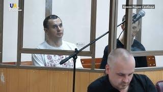Майже три тижні Олегу Сенцову не віддають посилку з теплими речами та продуктами