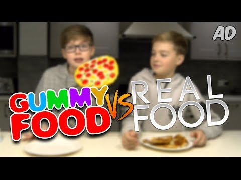 GUMMY vs. REAL FOOD w FRIEND  BEYBLADE BUILD CHALLENGE