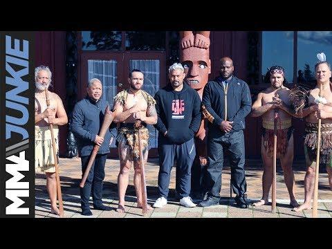 UFC Fight Night 110 headliners Derrick Lewis, Mark Hunt welcomed by local Maori warriors