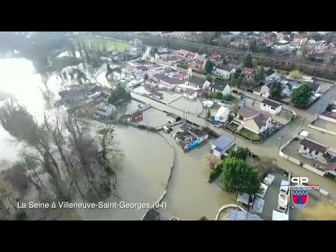 Evacuations as river Seine continues to rise