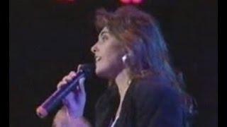 LAURA BRANIGAN Gloria ( Live w / lyrics)