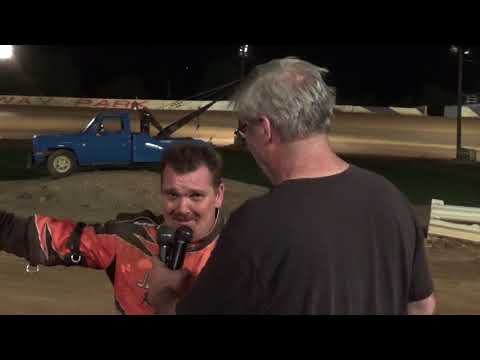Tracy Readinger in victory lane at Path Valley 8-25-17