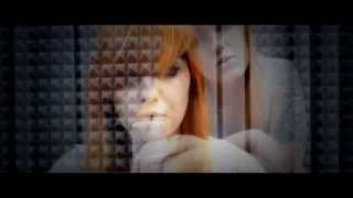 Repeat youtube video Alice Cooper - Poison (Cover by Ula Issel)