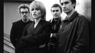 The Cranberries (namadrugada) - No need to argue
