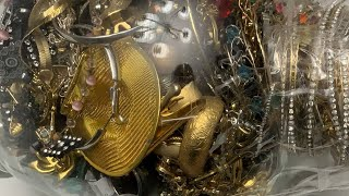 $29.99 Savers Jewelry Jar Unjarring