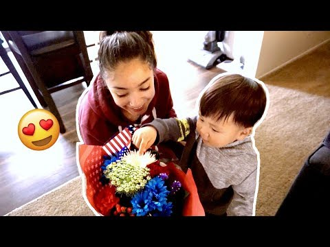 "JULIAN GOT ME FLOWERS & FINALLY CALLS ME ""MAMI!""  