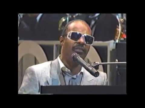 Stevie Wonder  Sir Duke  @Apollo Theatre 1985