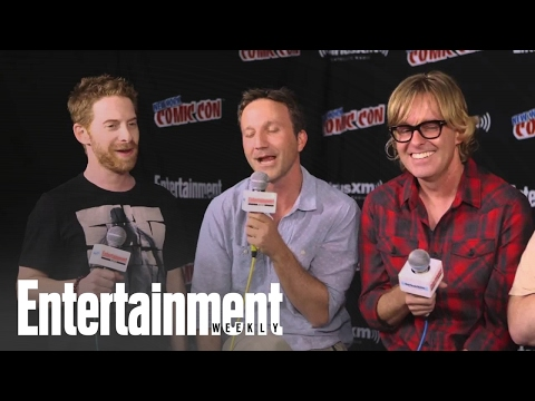Why The Robot Chicken Cast Can't Stop Talking About Pretty Little Liars  Entertainment Weekly