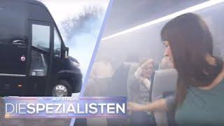 Lebensgefährlicher Busunfall: Menschen im Bus eingesperrt!   Birgit Maas   Die Spezialisten   SAT.1
