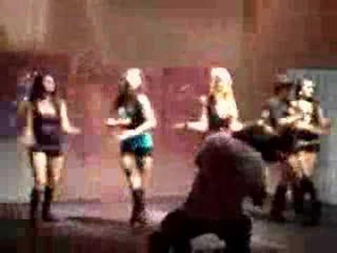 Tara Lynn's Dance Studio To Hot To Handle