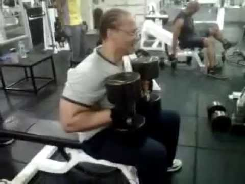 PRESSING 135 lbs  DUMBELL AT NEW YORK CITY SPORTS CLUB  PART 2