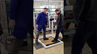 GEALAN STV   демонстрация преимуществ окон с вклейкой стеклопакета(, 2017-06-28T09:24:47.000Z)