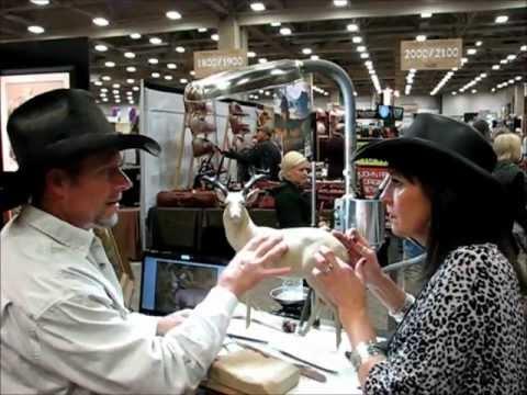 Mark James Sculpting Live Dallas Safari Club - with Becky Lou