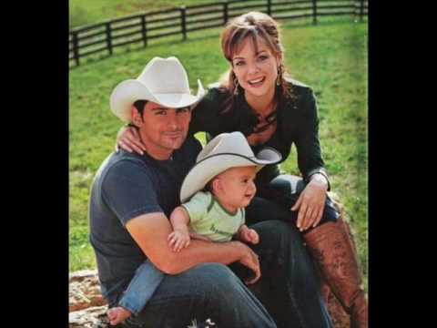 Brad Paisely and Kimberly Williams Paisely All I ever needed