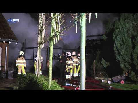 Grote brand in schuur hotel Het Roode Hert in Dalfsen