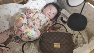 딸에게 가방을 선물했습니다