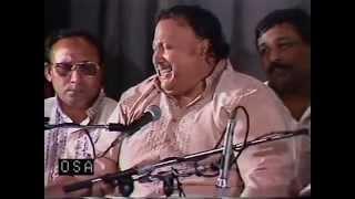 Aankh Uthi Muhabbat Ney Live - Raag