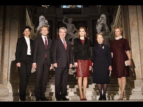 La reina Letizia hablando Inglés