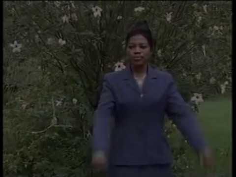 Angela Chibalonza Sasa Narudi Official Video
